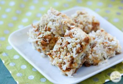 Autumn Apple Cookie Bars | inspiredbycharm.com
