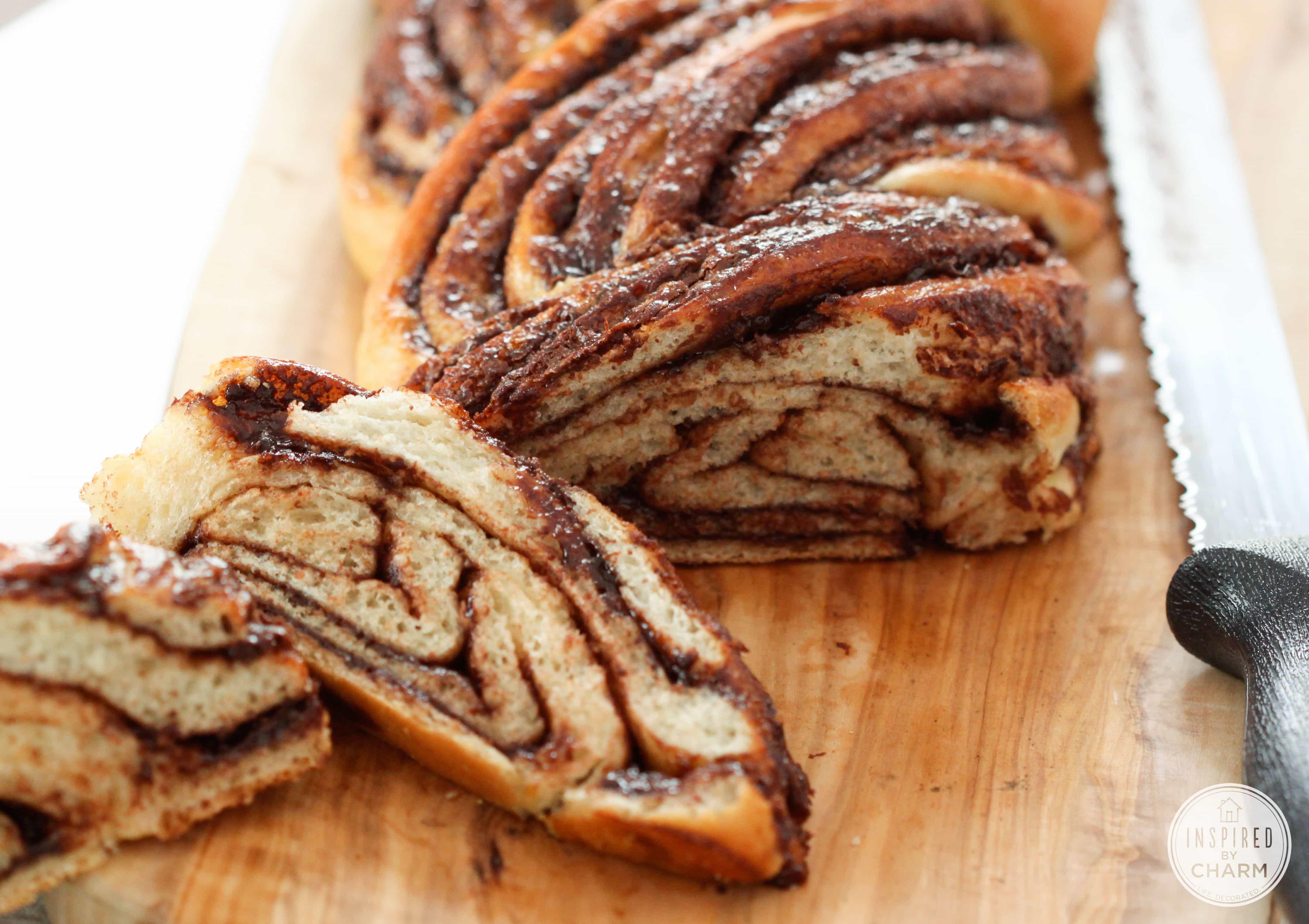 Braided Nutella Bread - beautiful and delicious recipe!