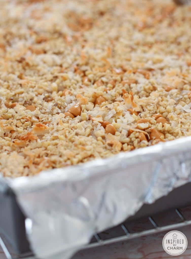 Autumn Apple Cookie Bar | Inspired by Charm #IBCFallCookieWeek