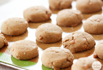 Caramel Gingersnaps   Inspired by Charm #IBCFallCookieWeek