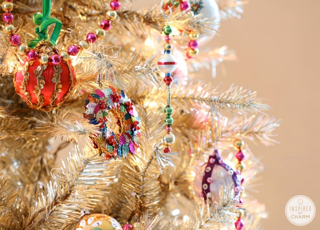 Rockin' Around the Vintage Christmas Tree | Inspired by Charm #IBCholiday