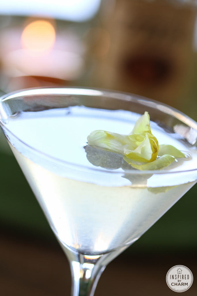 White Cosmo | Inspired by Charm