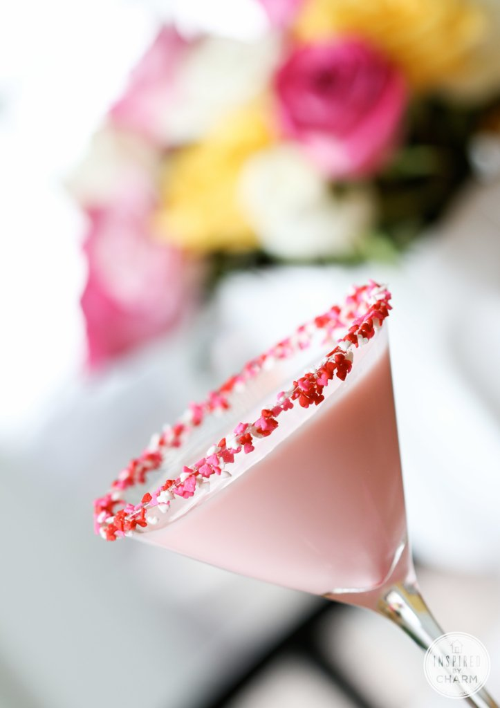Sweetie Martini | Inspired by Charm #drinksandlink
