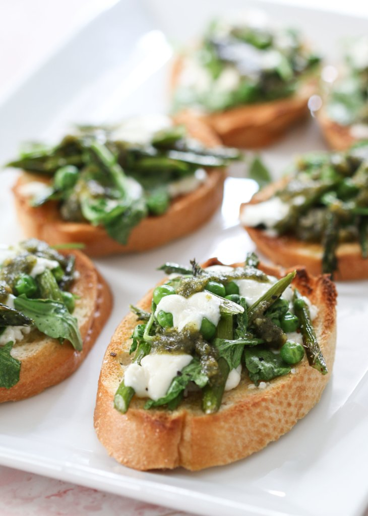 Arugula, Asparagus, and Pea Bruschetta | Inspire by Charm