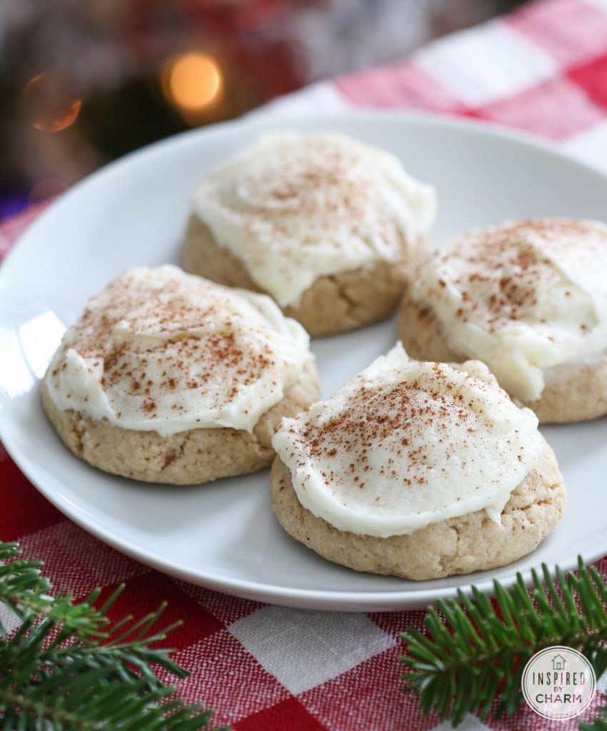 Frosted Eggnog Cookies #christmas #cookie #recipe #frosted #eggnog