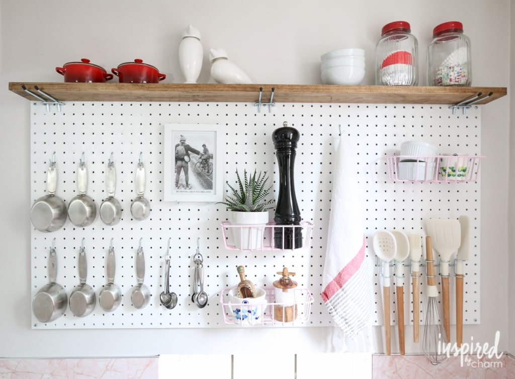 How I Pretend to be Organized | Inspired by Charm