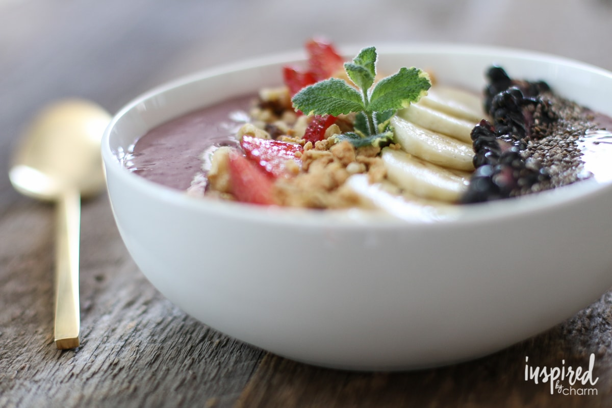 Berry Banana Smoothie Bowl | Inspired by Charm