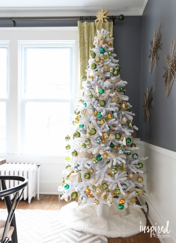 Gold and Green Tree   inspiredbycharm.com #IBCholiday