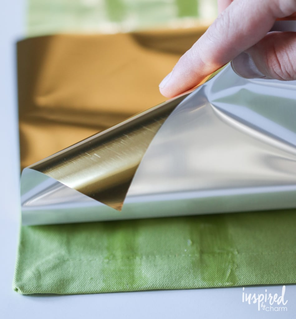 DIY Gold Foil Napkins | inspiredbycharm.com #IBCholiday