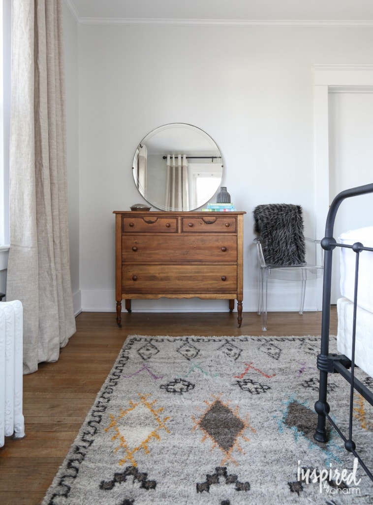 Guest Bedroom Updates | inspiredbycharm.com