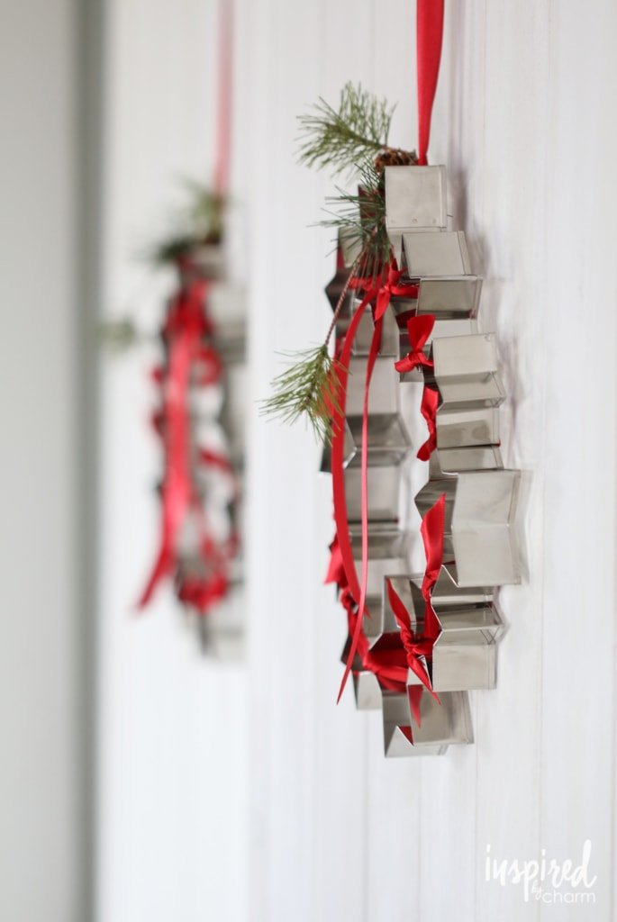 DIY Cookie Cutter Wreath | inspiredbycharm.com #IBCholiday