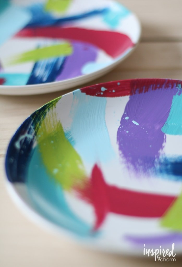 Brushstroke Painted Plates | inspiredbycharm.com