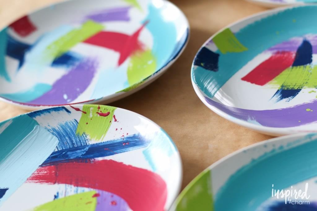 Brushstroke Painted Plates | inspiredbycharm.com