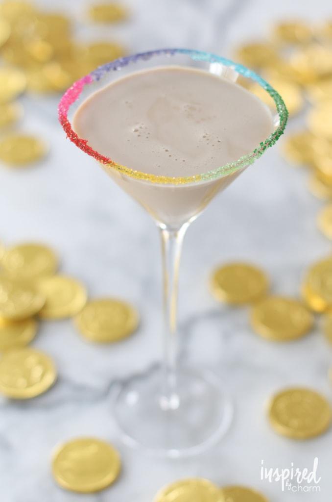 Leprechaun's Kiss Martini | inspiredbycharm.com
