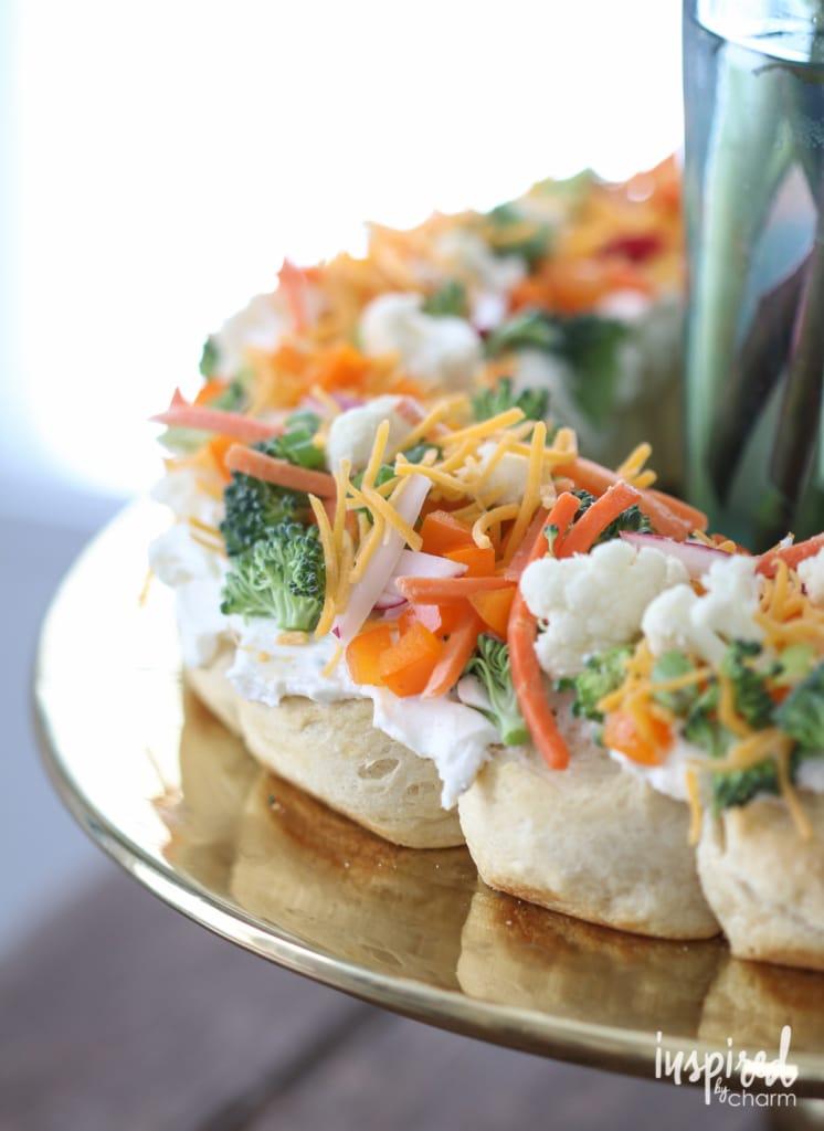 Veggie Pizza Wreath | inspiredbycharm.com