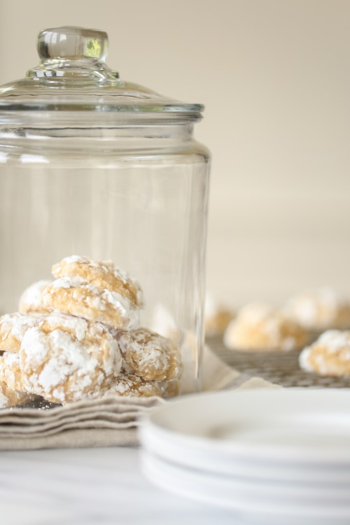 Pumpkin Gooey Butter Cookies | julieblanner.com