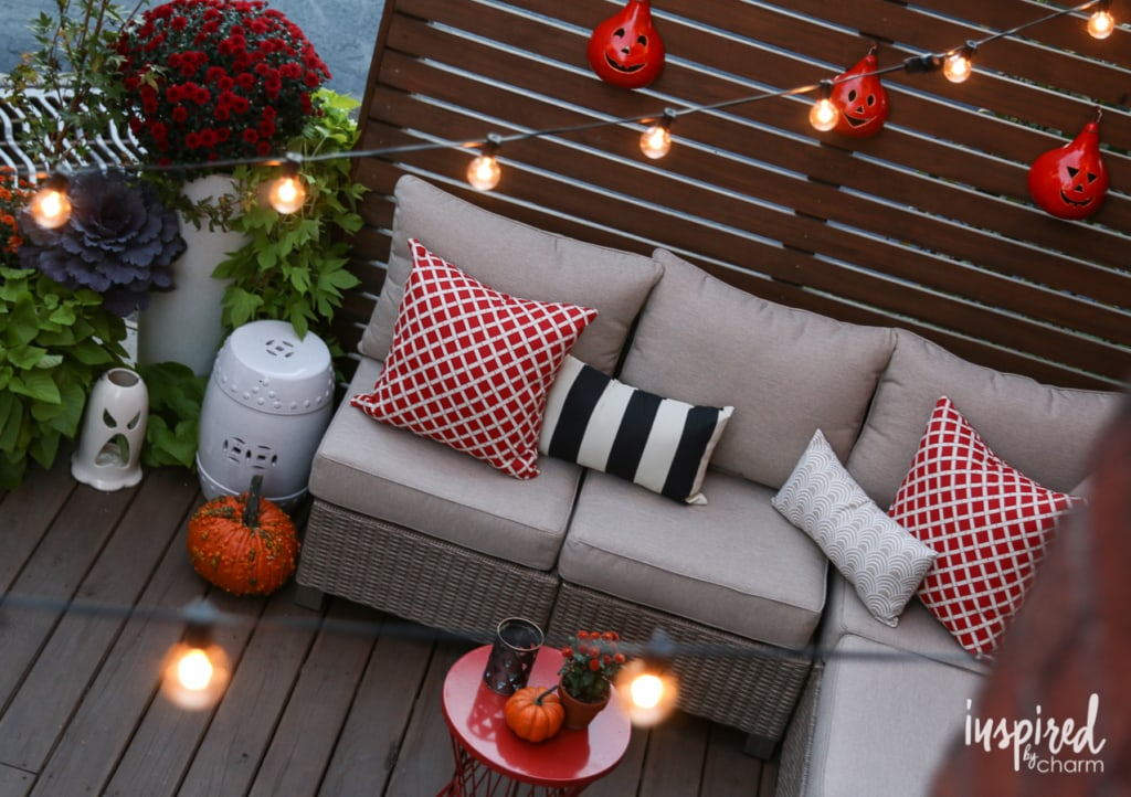 Fall Deck-orating Ideas | inspiredbycharm.com
