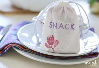 DIY Stamped Snack Bags   inspiredbycharm.com