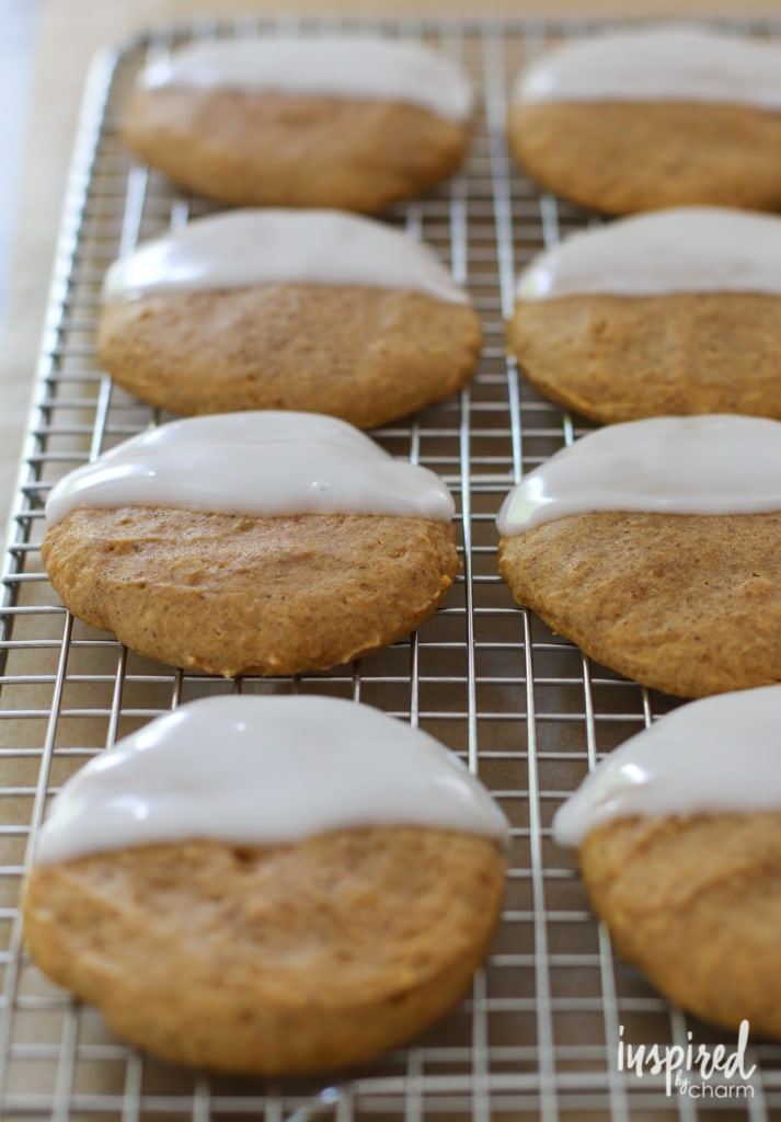Black and White Pumpkin Cookies | inspiredbycharm.com