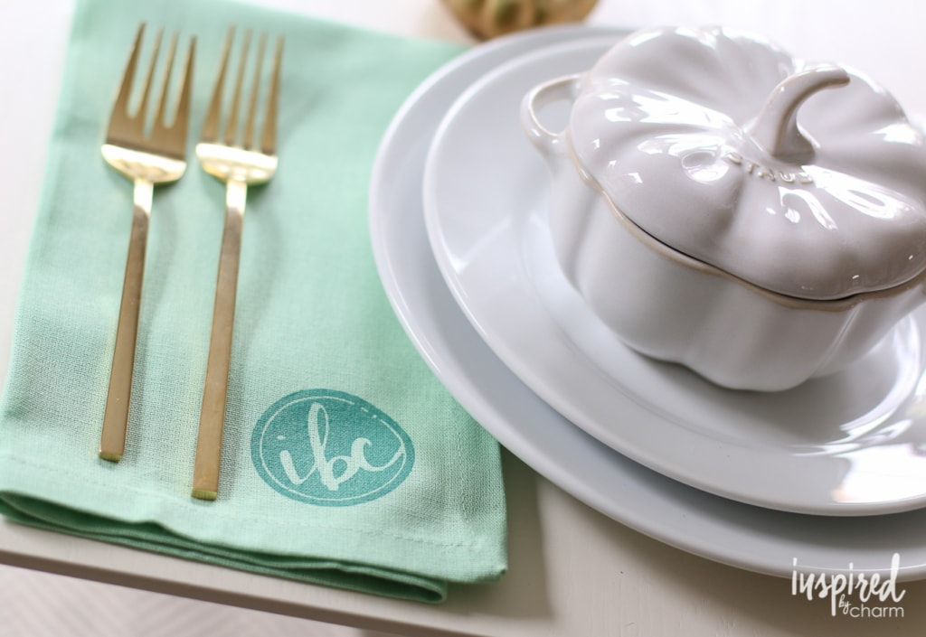 Beautiful DIY Stamped Napkins for Chic Entertaining | inspiredbycharm.com