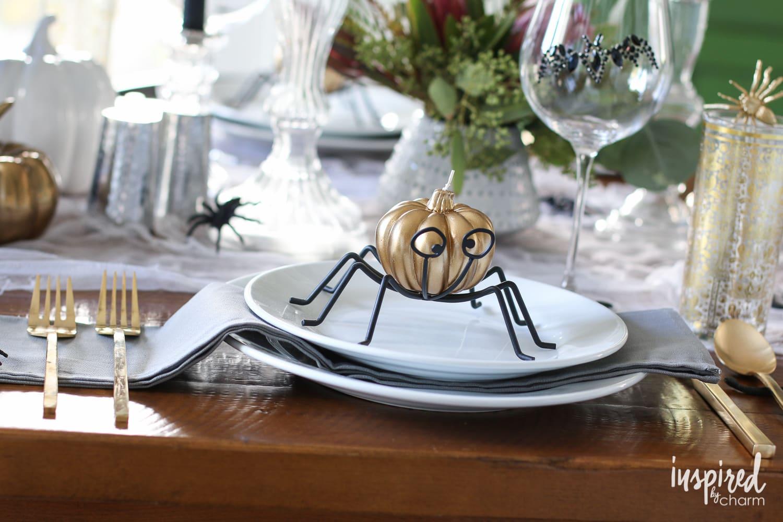 haunted halloween table decor ideas inspiredbycharmcom - Halloween Table Setting
