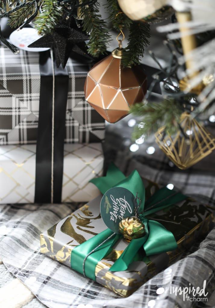Holiday Home Tour | inspiredbycharm.com