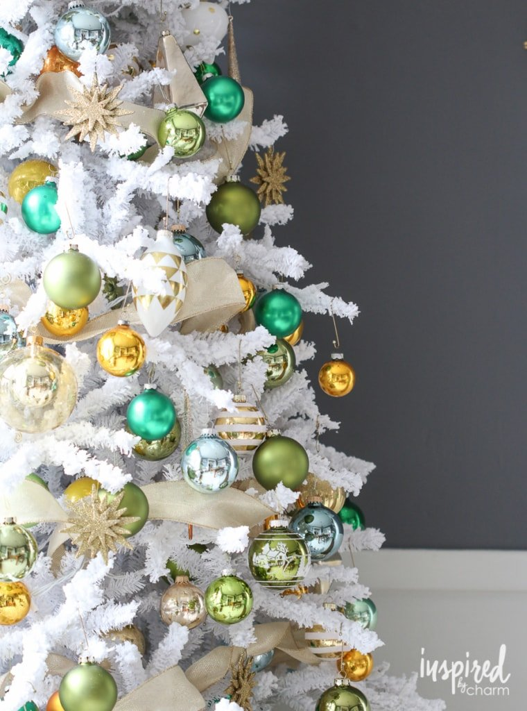 Unique Christmas Tree Decorating Ideas | inspiredbycharm.com
