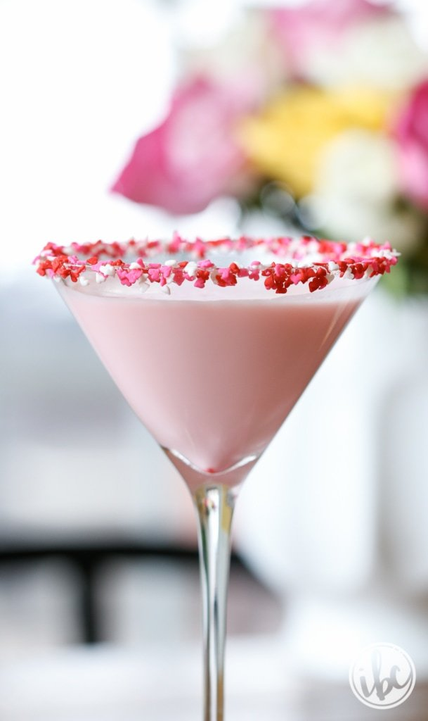 Sweetie Martini: Valentine's Day Cocktail - 10 Recipes to Celebrate Valentine's Day