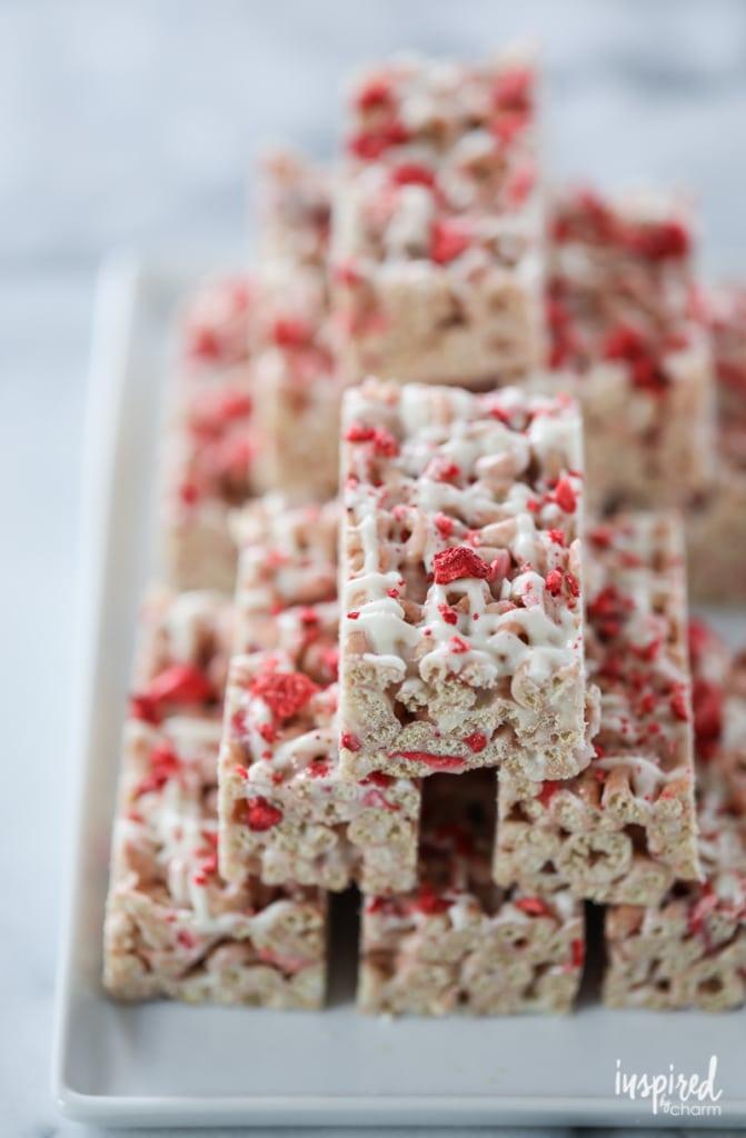 Strawberry Cheerio Treat Bars - spring summer dessert recipe strawberry bar treat   Inspired by Charm