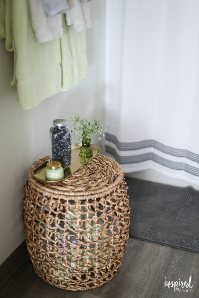 Simple Tips to Style Your Bathroom - bathroom decorating ideas / decor hacks | Inspired by Charm