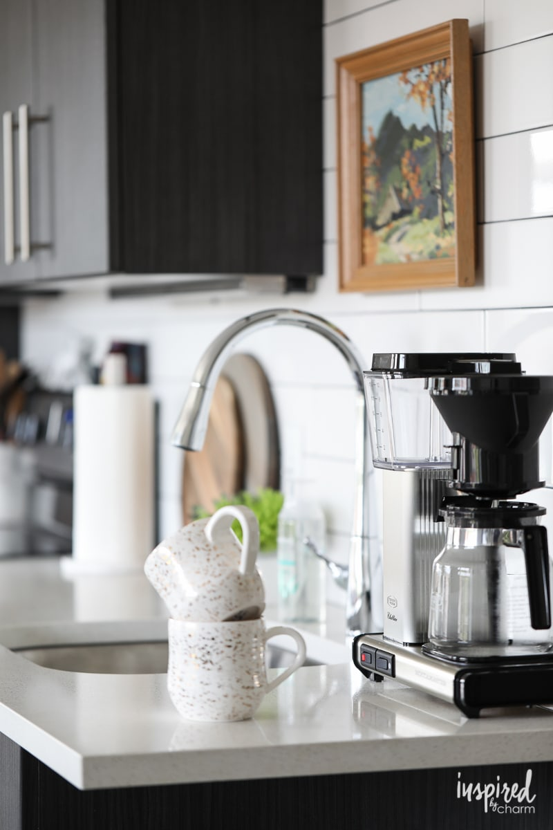 Drab to Fab: Apartment Kitchen Decor