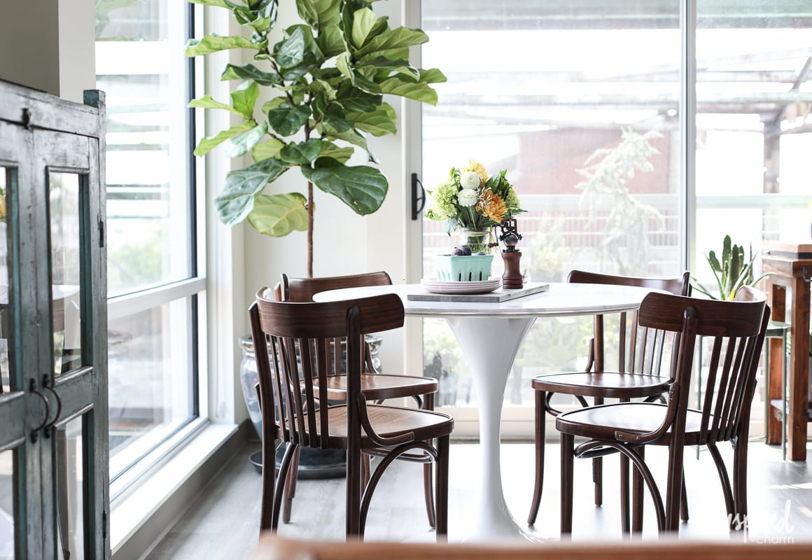 Superieur My Apartment Dining Room   Ideas For Decorating A Dining Room In An  Apartment.