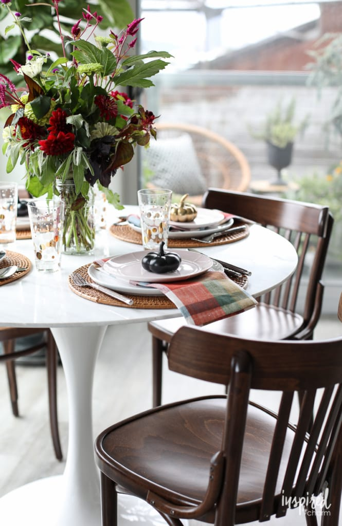 Autumn decorating ideas to create Fall Style in the Dining Room | Inspired by Charm