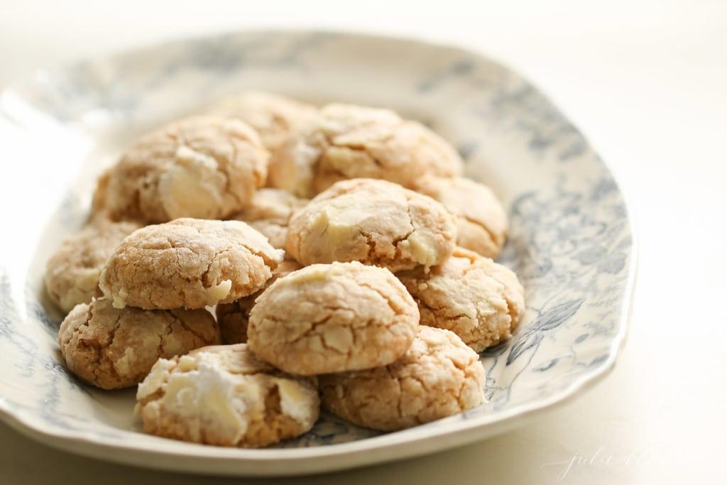 Brown Butter Crinkle Cookies - fall baking cookie recipe #fallcookieweek