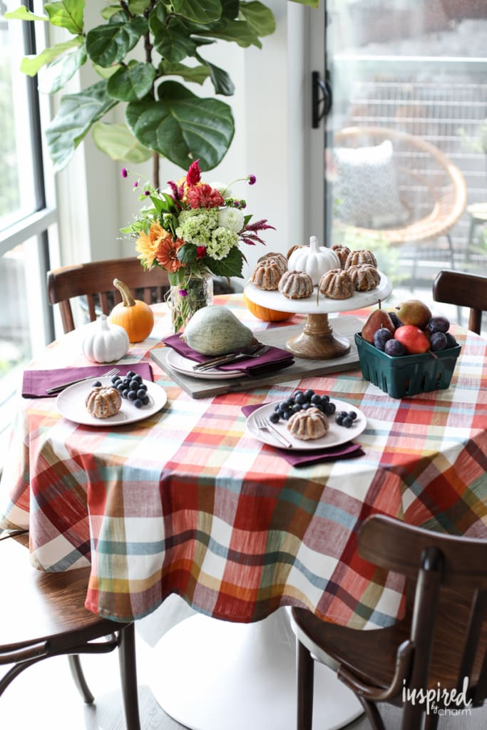 Colorful Fall Entertaining Ideas and Table Setting Inspiration