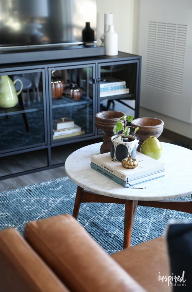 Choosing a Rug For My Apartment Living Room - modern loft apartment decor