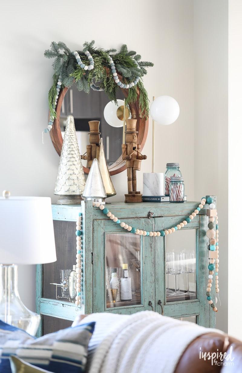 Holiday Bar Car Decorating Ideas