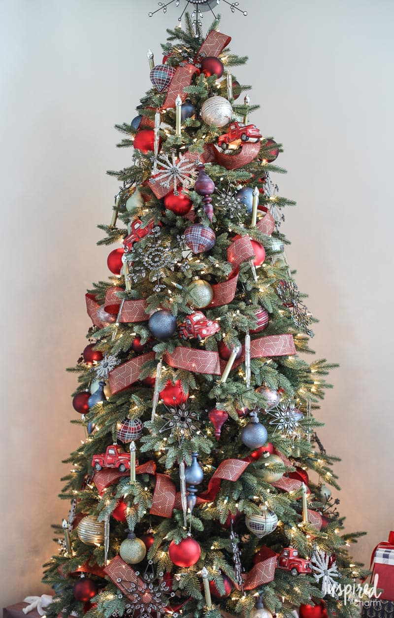How to Style a Rustic Modern Christmas Tree