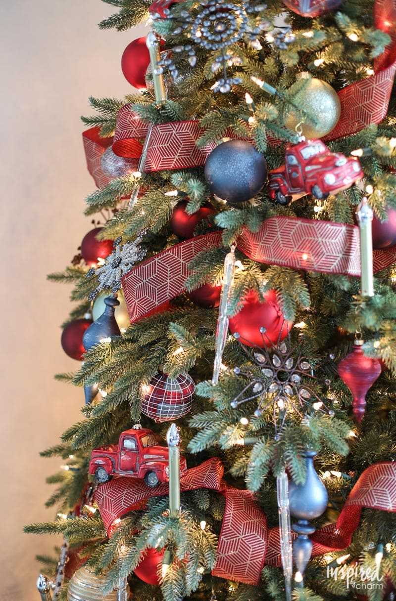 Ornaments for a Rustic Modern Christmas Tree