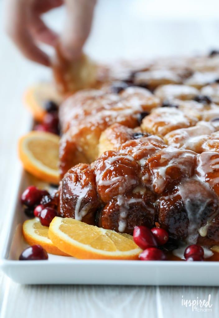 Crock Pot Monkey Bread Recipe Cranberry Orange #cranberry #orange #monkeybread #recipe #breakfast #dessert