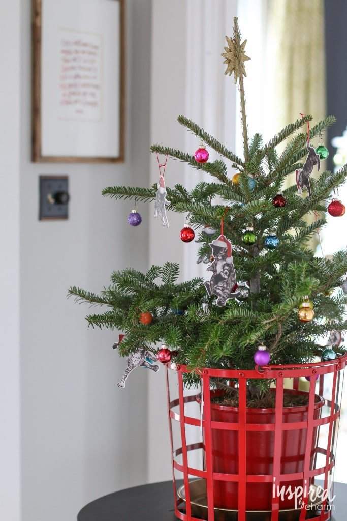 Unique and Quirky Cat Christmas Tree Decorations