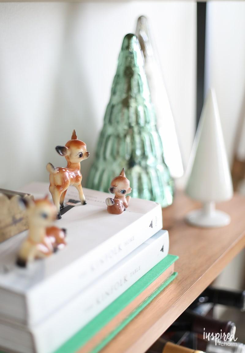 Apartment Living Room Christmas Decor Ideas