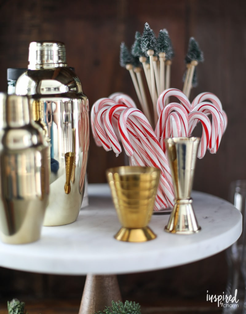 Quick Tips for Styling a Christmas Bar Cart