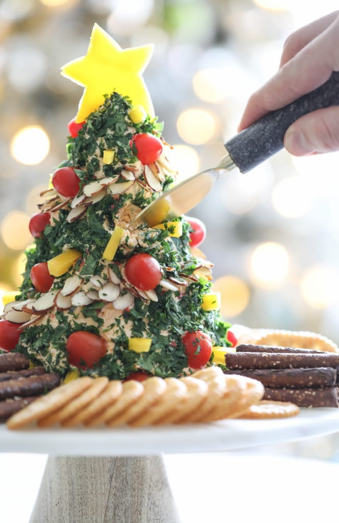 Christmas Tree Cheese Ball - holiday appetizer #christmas #cheeseball #recipe #holiday #christmastree #cheese