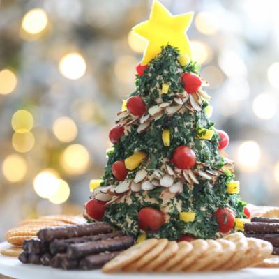How to make a Christmas Tree Shaped Cheese Ball #christmas #appetizer #cheeseball #recipe