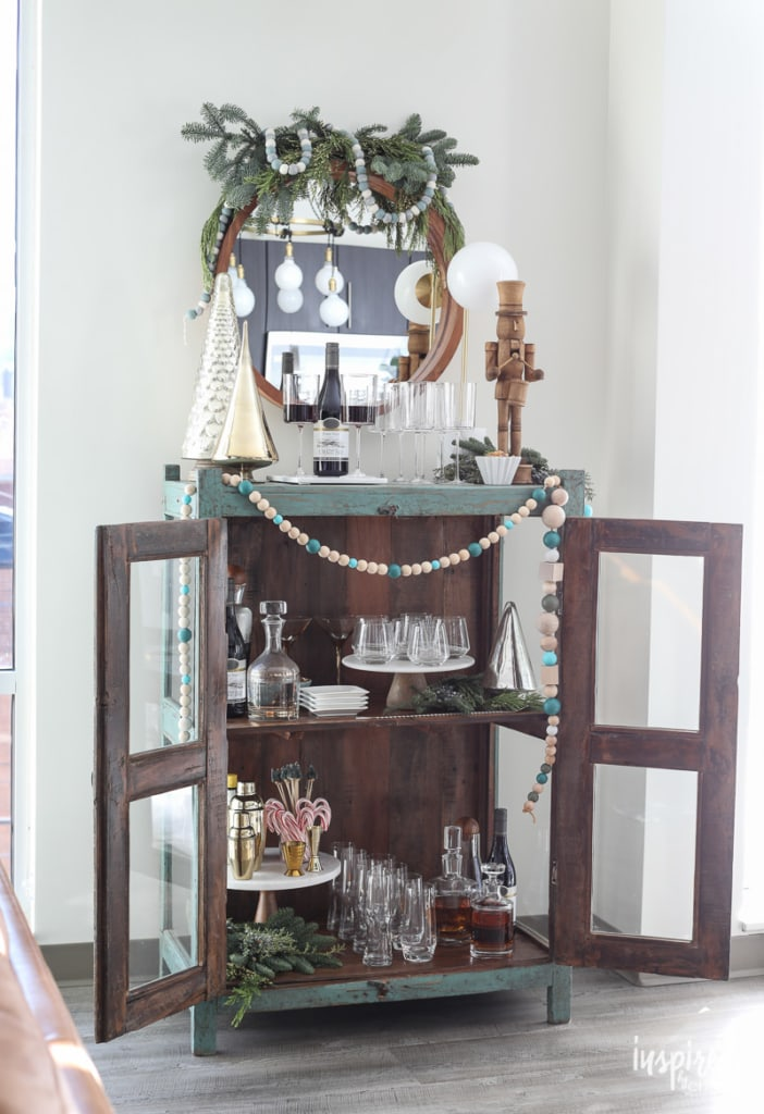 How to Style a Beautiful Holiday Bar Cart