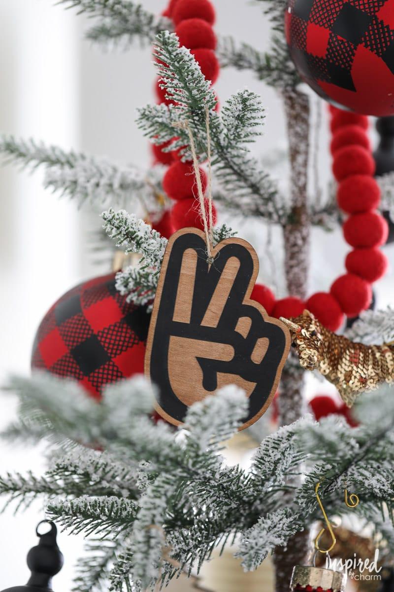 Modern Christmas Tree Ornament - Bedroom Christmas Decor