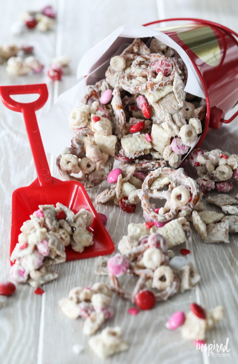 White Chocolate Chex Mix - the perfect Valentine's Day treat!