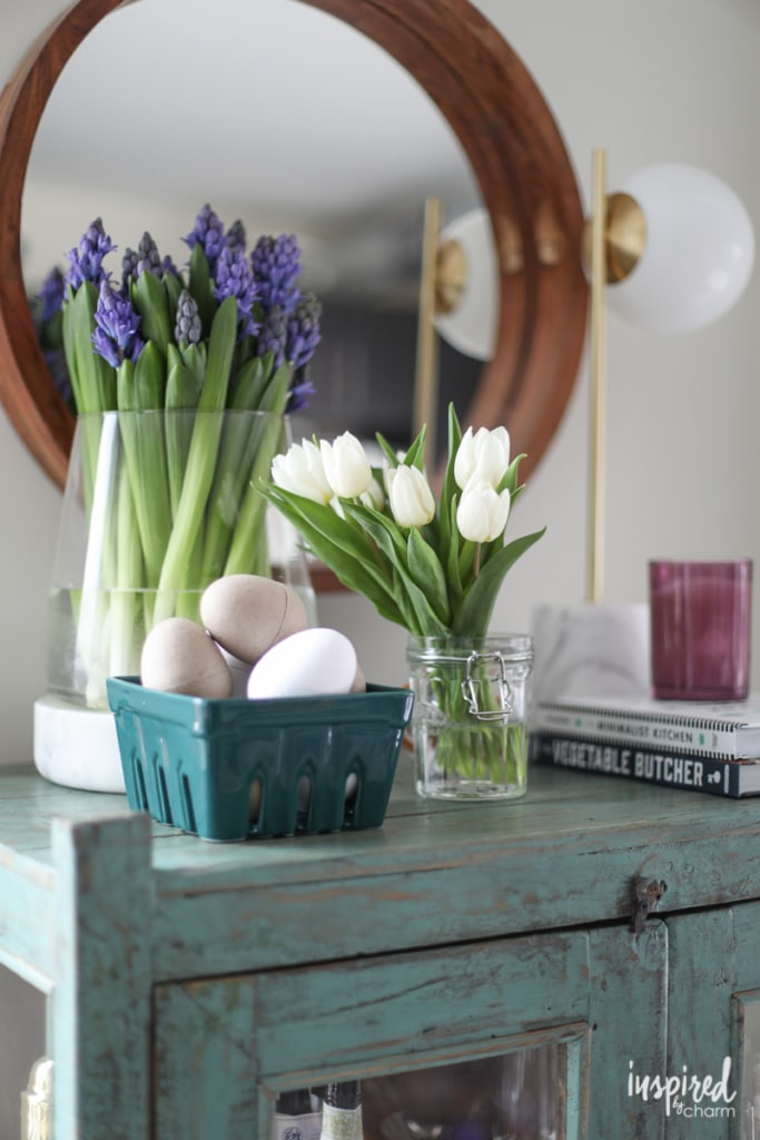 Unique Spring Decorating Ideas for your #Living #Room. #spring #decorating #decor