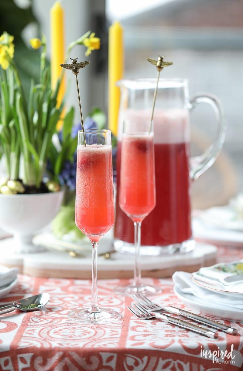 A #bellini #recipe for #spring: Raspberry Pineapple Bellini recipe!